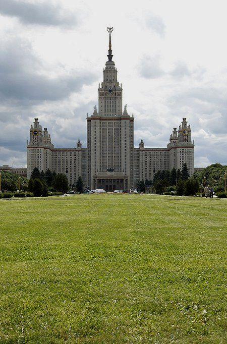 Lomonosov Moscow State University, Russia (by anton khoff on Flickr)
