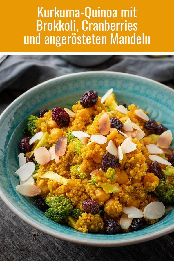 Kurkuma-Quinoa mit Brokkoli, Kichererbsen, Cranberries und angerösteten Mandeln #herbstgerichte