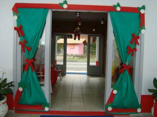 decoraç u00e3o de Natal na porta de entrada da escola Natal Curtains, Xmas e Natal -> Decoração De Natal Simples Escola