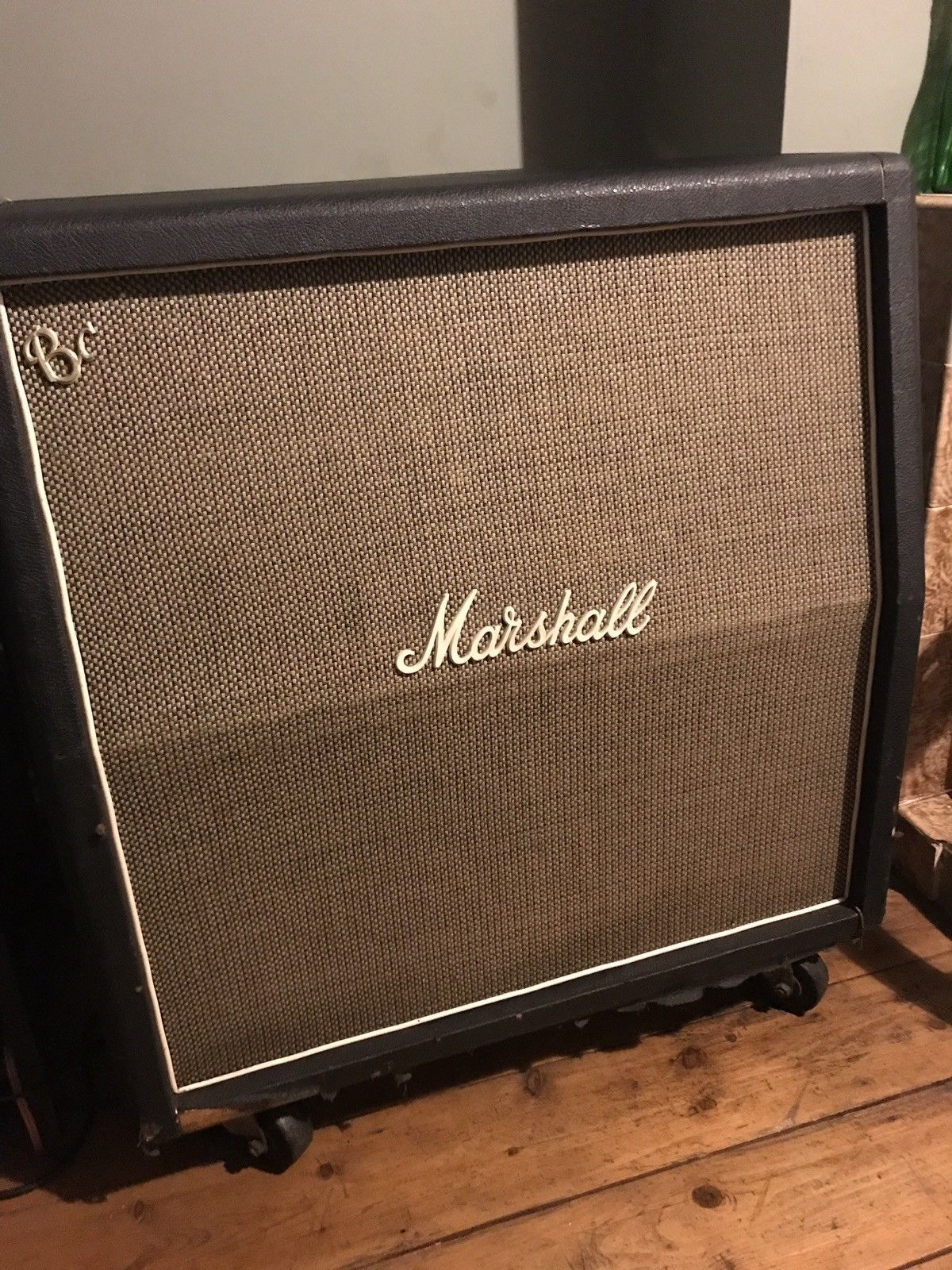 Pin On Vintage Marshall Amps Speakers And Cabs