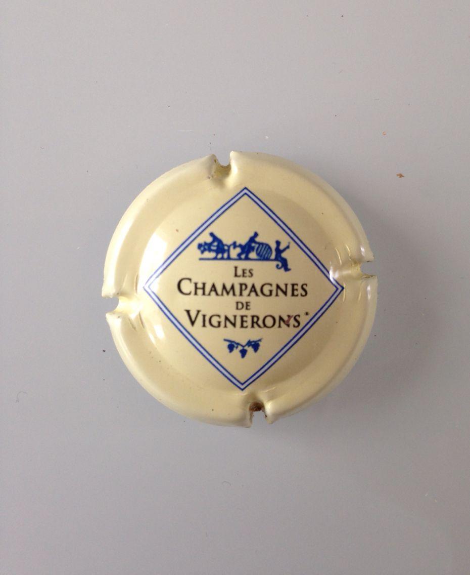 CAPSULE DE CHAMPAGNE VIGNERONS EN CHAMPAGNE*