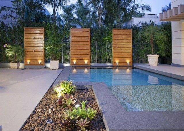 Dise o de piscina con isla para plantas decoraci n for Decoracion de jardines con alberca