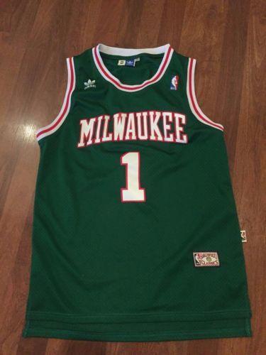 hot sale online 8dcfe bc397 Throwback-Milwaukee-Bucks-Oscar-Robertson-Jersey-Mens-MSewn ...