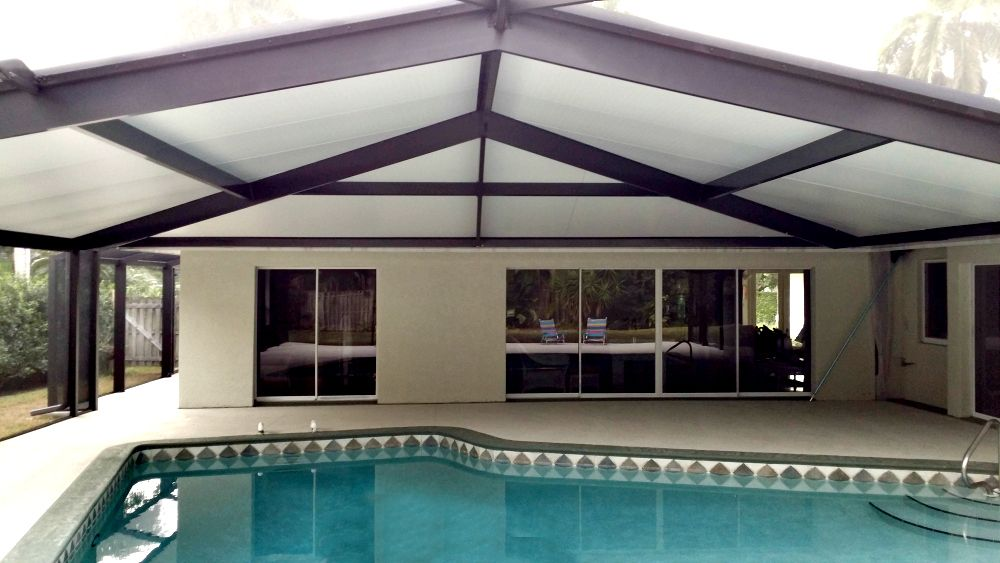 Roof Over Enclosed Pool My House Outdoor Decor House