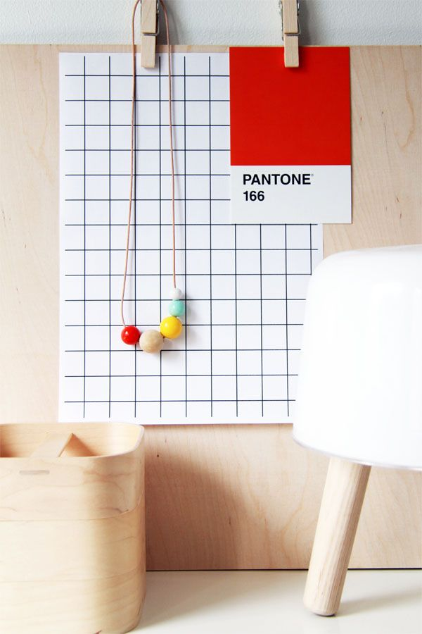 Via Bambula | White Beige Red | Styling | Pantone | Milk Lamp
