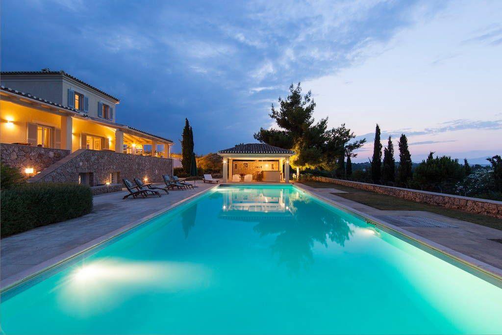 Δείτε αυτήν την υπέροχη καταχώρηση στην Airbnb: Luxurious Seaview Villa - Σπίτια προς ενοικίαση στην/στο Porto Cheli