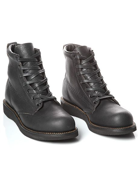 e1710bb2953 Broken Homme - James Boot in black Made with full grain leather and a Vibram  wedge sole. The boot uses a thicker grain on the upper body and a thinner