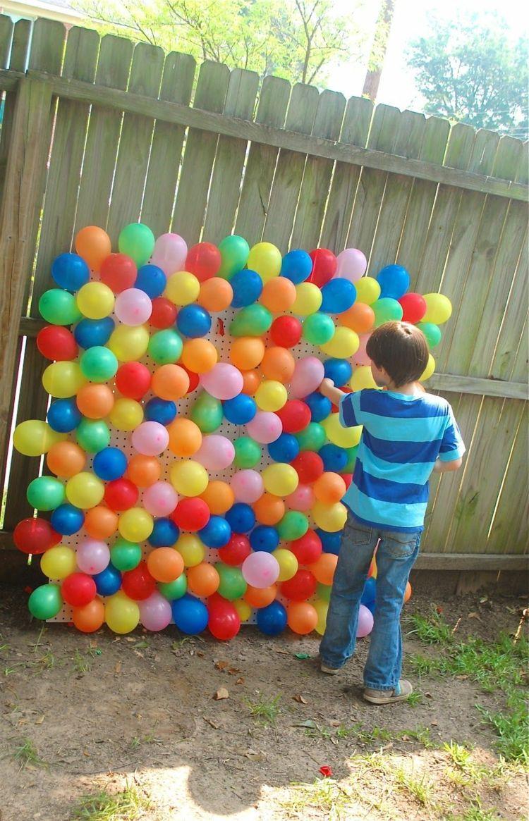 luftballons darts platzen outdoor spiele f r kinder. Black Bedroom Furniture Sets. Home Design Ideas