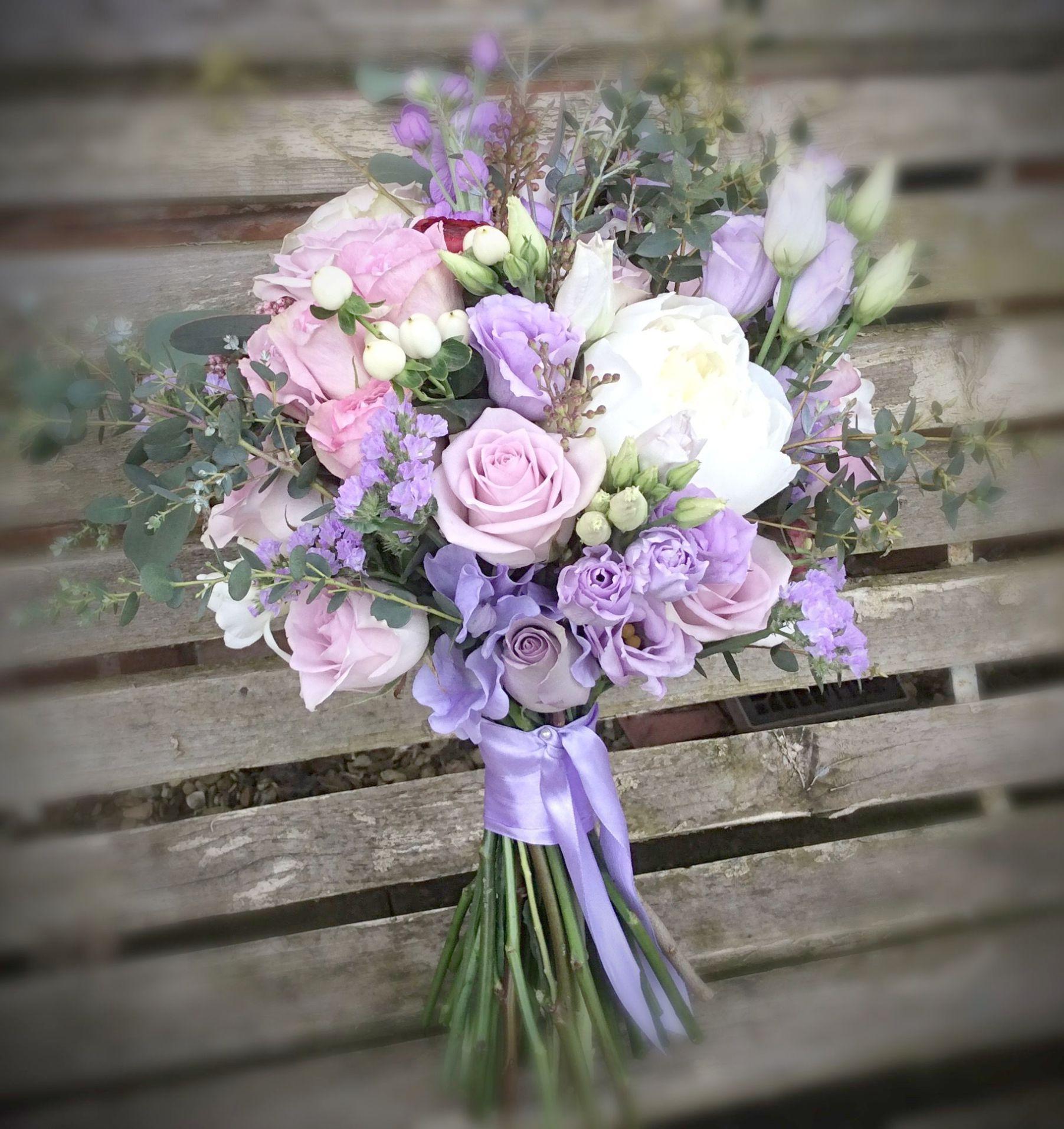 Wedding Flowers Preserved Real Freeze Dried Rose Petals True Red 2 4 Oz 56 Grams 200 Petals Flower Bouquet Wedding Purple Wedding Bouquets Wedding Flower Guide