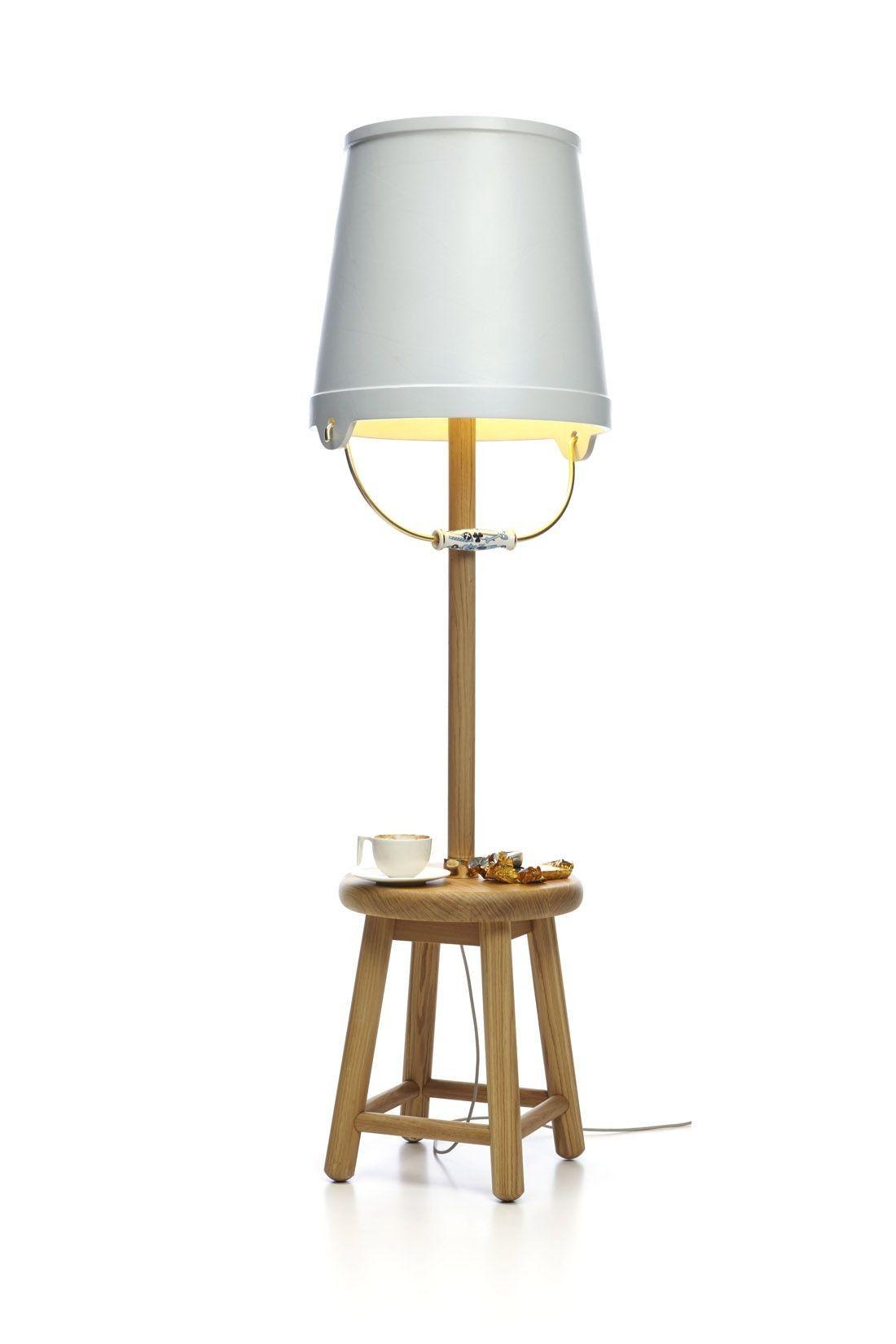 Moooi - Bucket Floor Lamp - Studio Job - papier, eikenhout, goud beplakt staal, porselein - Nederland - 2012 - €2906