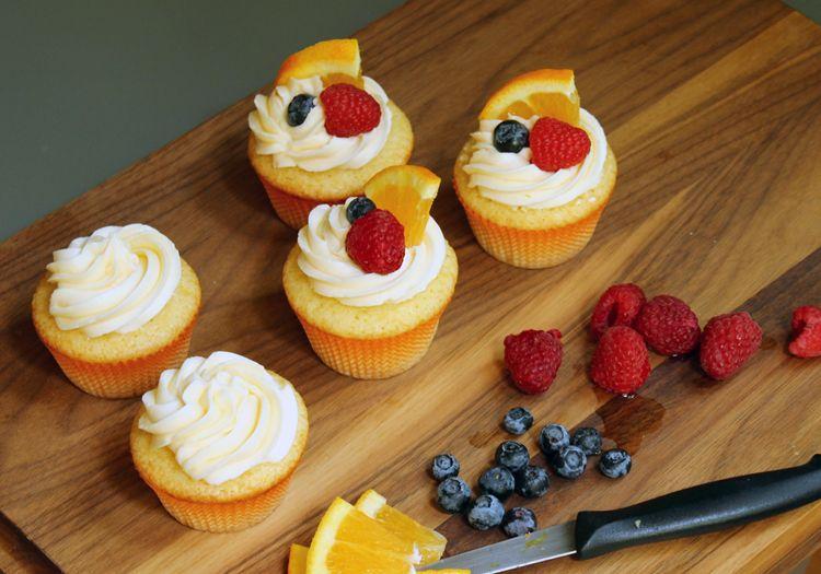 White+Sangria+Cupcakes