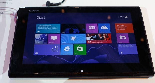 Sony's flexible hybrid Vaio Duo 11 (pictures) | Tablets
