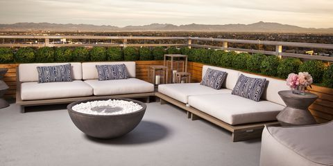 20 Luxury Rooftops And Patios Made For Summer