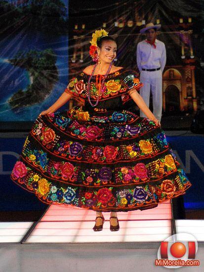 Traje típico de Chiapas | Lindo !! | Traditional mexican ...