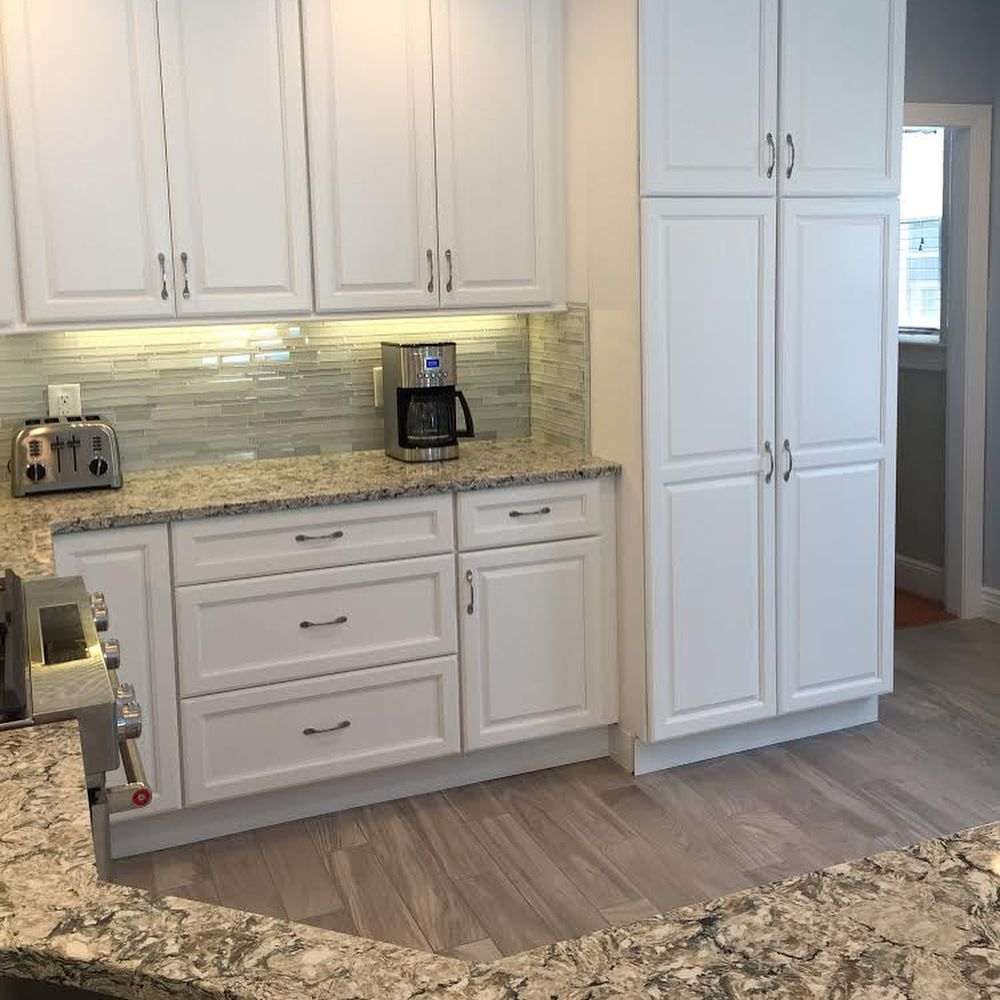 Joe Caggiano Just Completed This Gorgeous Kitchen On Humphrey Avenue In Bayonne The Kitchen Feat Kitchen Remodel Gorgeous Kitchens Quartz Kitchen Countertops