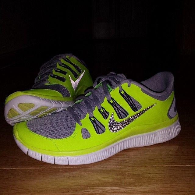 scarpe nike fosforescenti