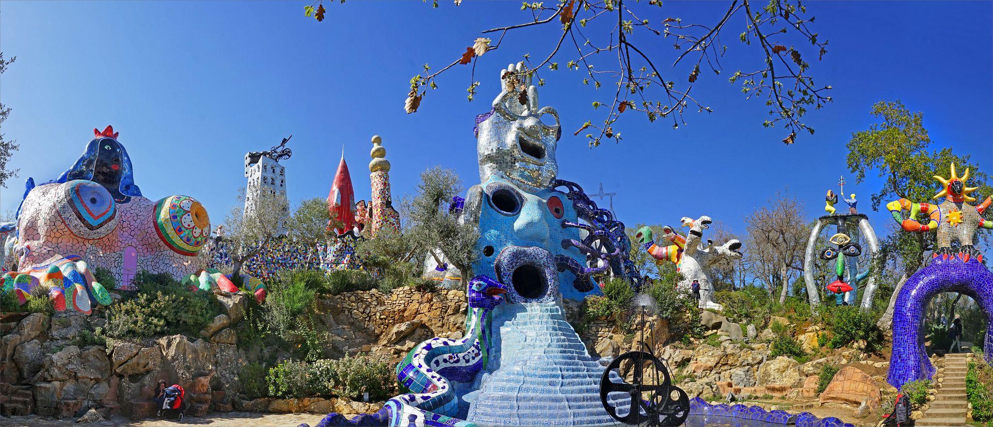 Le Jardin Des Tarots De Niki De Saint Phalle Capalbio Italie Natural Landmarks Landmarks Contemporary Art