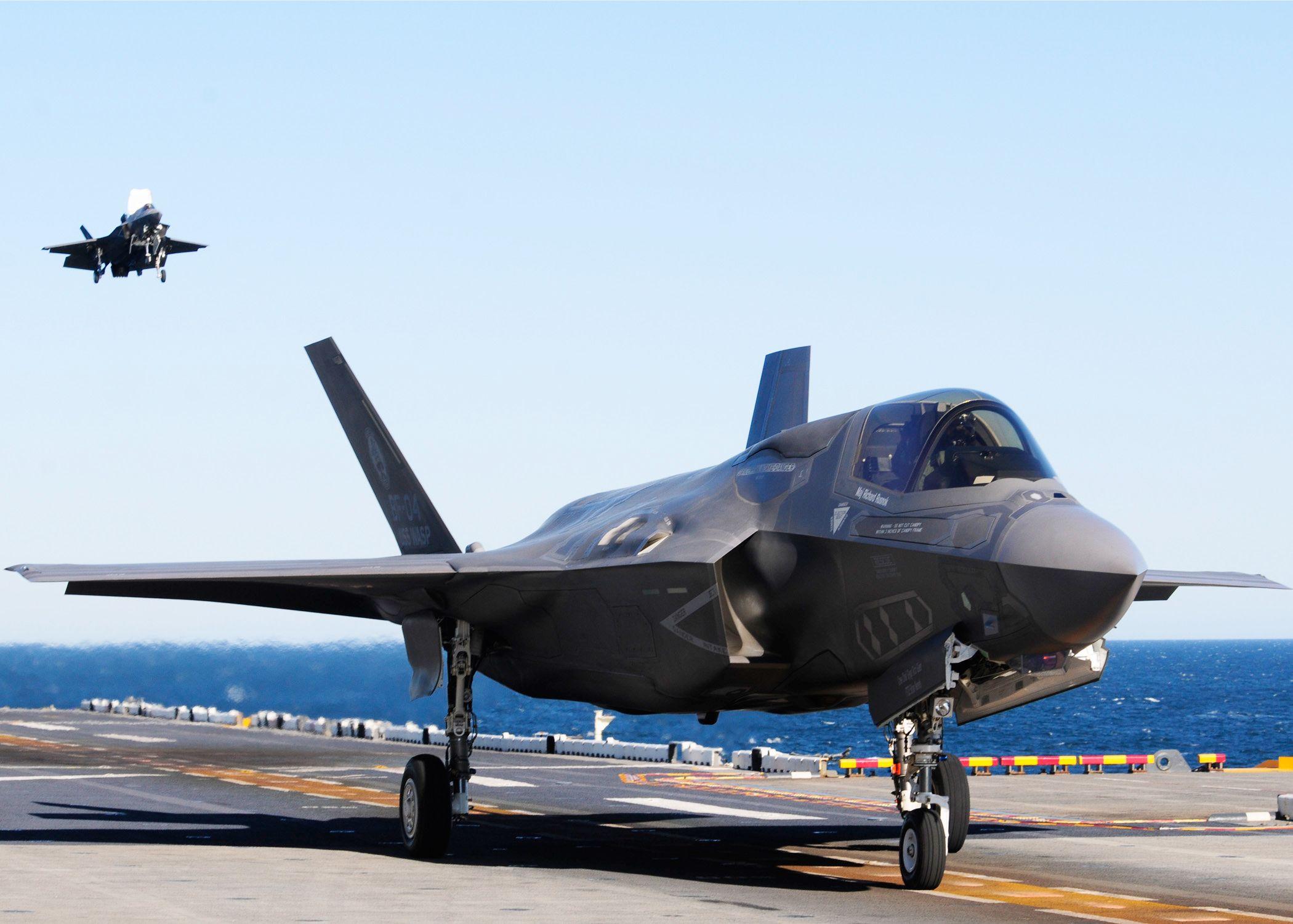 F-35 Lightning II Test Aboard Carrier & F-35 Lightning II Test Aboard Carrier | Fighter Aircraft | Pinterest ...