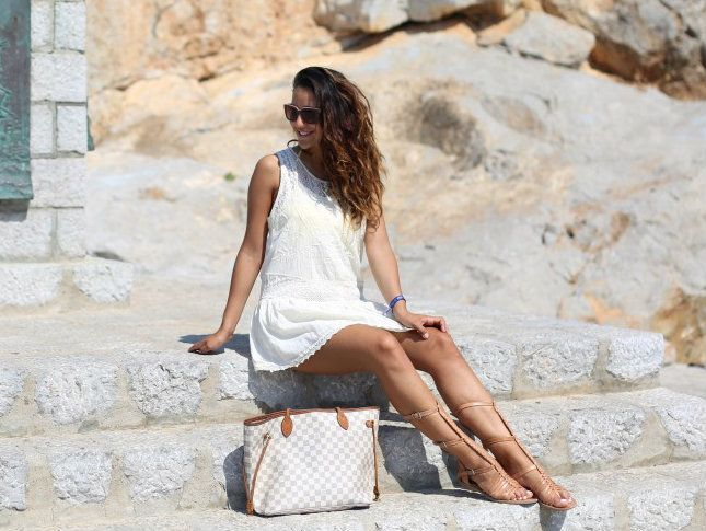 #greece #summer #louisvuitton #ferragamo #sunglasses #dress #white #fun #neverfull #gladiators #ootd #outfit #shoes