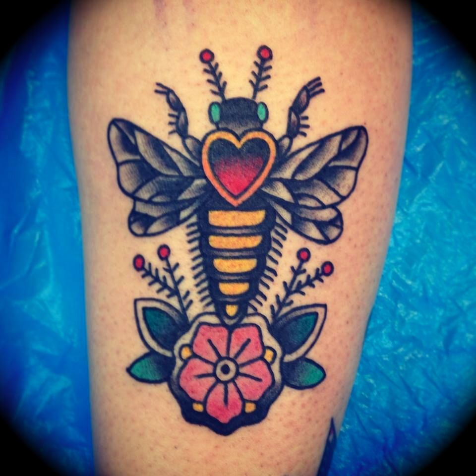 Traditional Old School Bee Tattoo By Kim Anh Nguyen