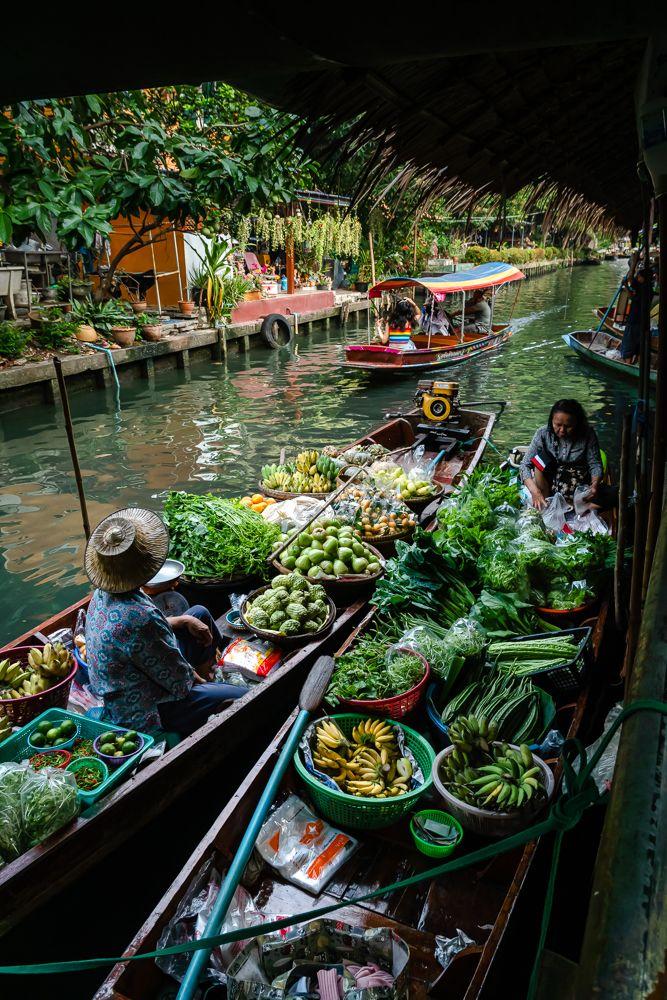 Floating market in Bangkok, Thailand #bangkok #thailand #asia #market #floatingmarket