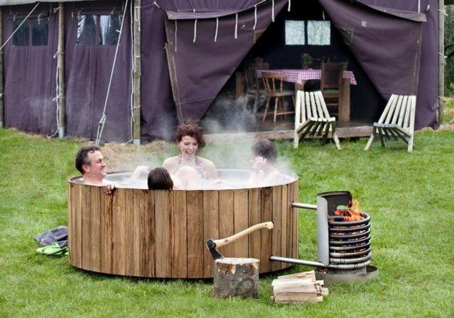 vier Freunde badetonne Whirlpool Holz Ofen handgefertigt