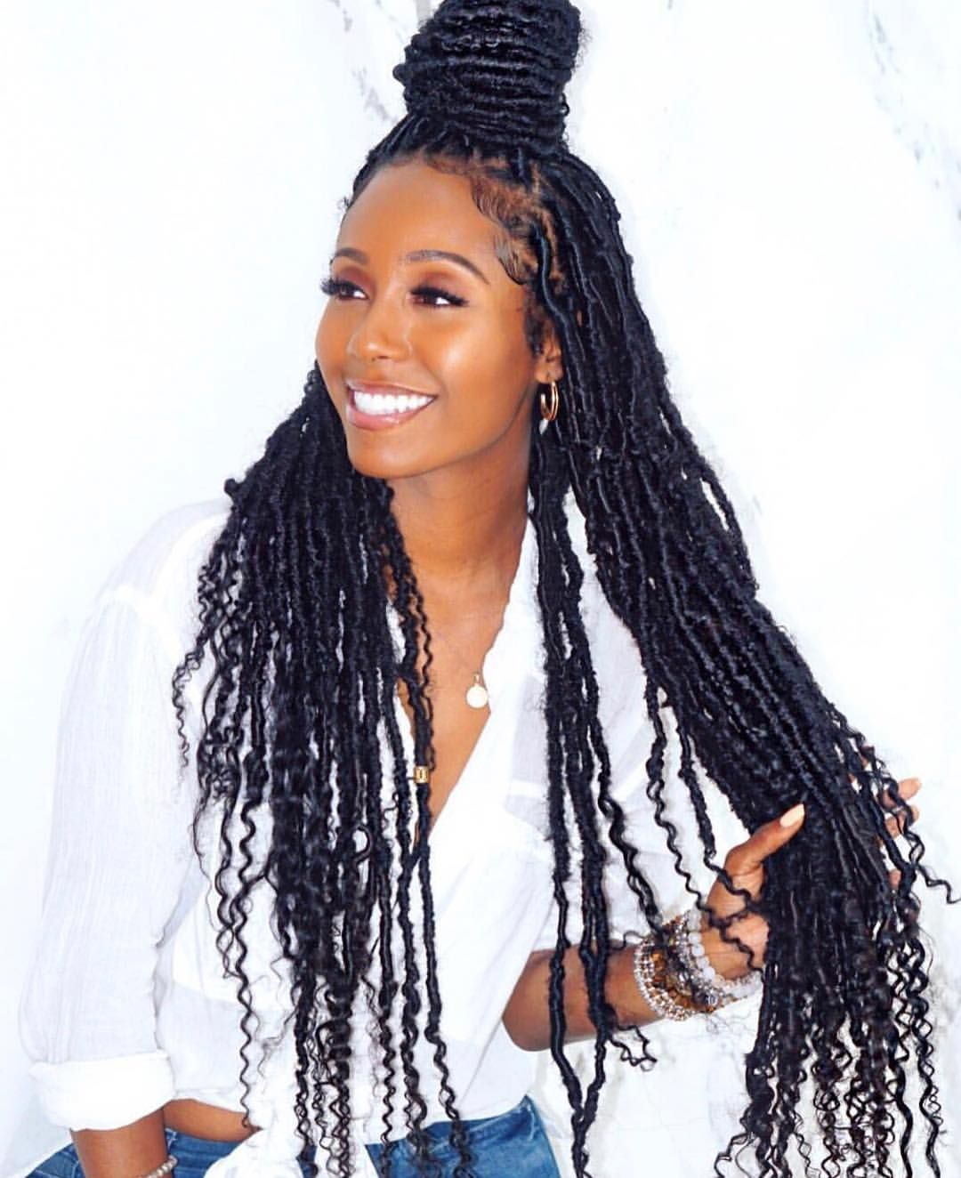 Protective Style'n On Em???????? #hairinspo #goddesslocs . Locs styled by @shaymonaiartistry . #amistichaircare #underhaircare #protectivestyles… #protectivestyles