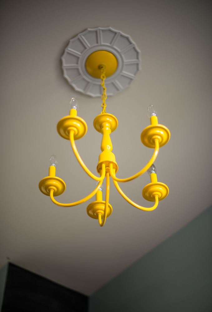 Diy painted chandelier pinterest painted chandelier spray diy painted chandelier an easy tutorial including what type of spray paint to buy and how to paint the chandelier aloadofball Gallery