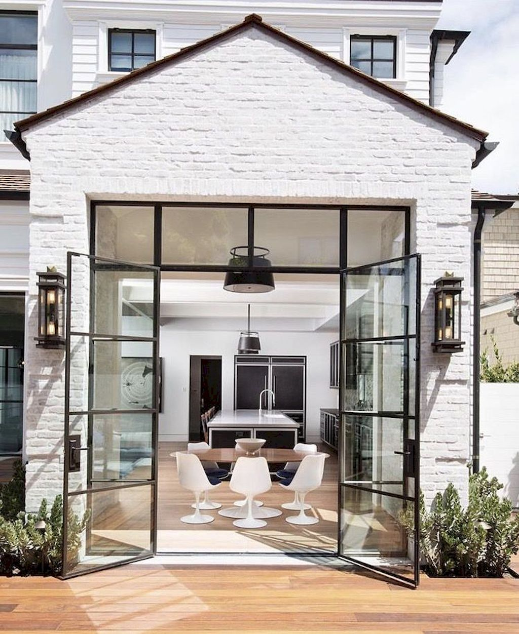 56 Stylish home Black and white house exterior design (38 images
