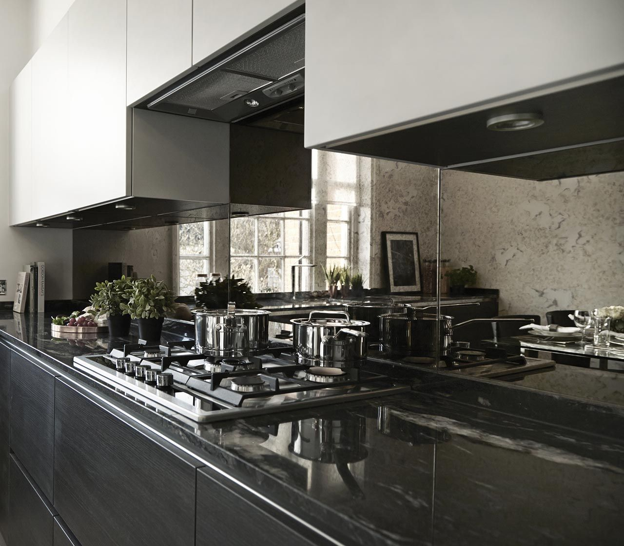 Luxury Home Kitchens: High End Luxury Interior Designers In London