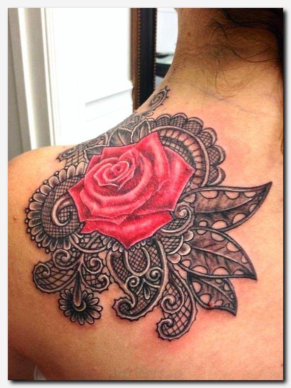fashion and tatoos shoulder