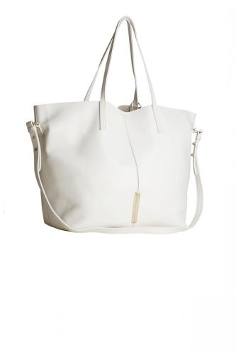 Marion Tote Bag From Raoul Slouchy Tot Made Of Soft Na Leather It Complements Any Outfit The Day Comes With A Longer Shoulder Strap For
