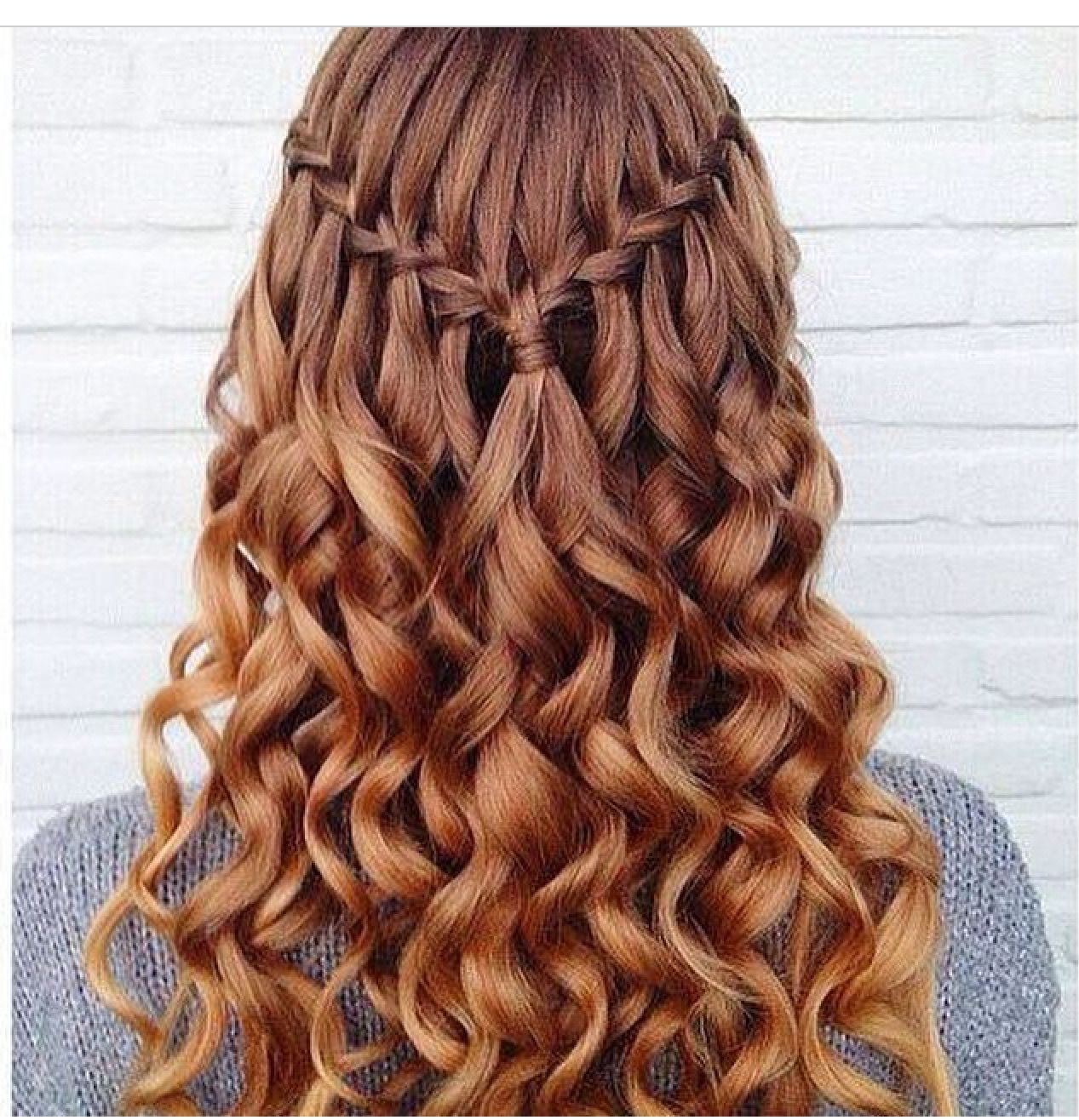 Pinterestmiaxoxo hair nails makeup pinterest twisted