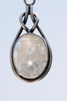 камень лунный камень - Поиск в Google