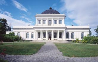 Ulefos hovedgård, Statsraad Niels Aalls veg 80, NO-3830 Ulefoss