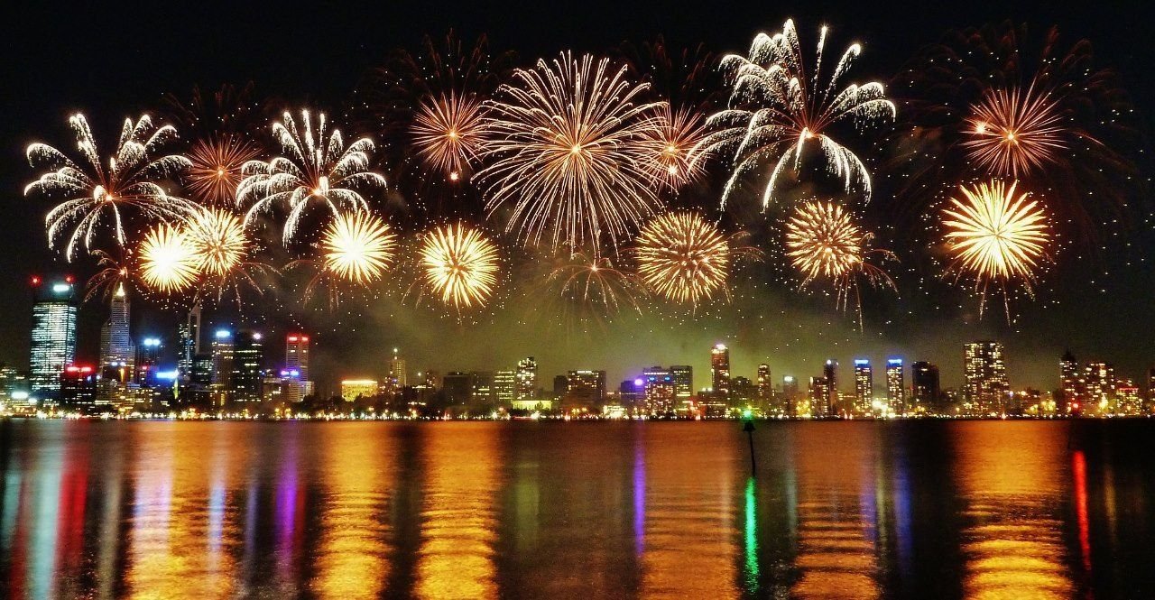 Celebrating A Warm New Year S Eve 2015 In Perth New Year S Eve Celebrations New Year S Eve 2019 New Years Eve