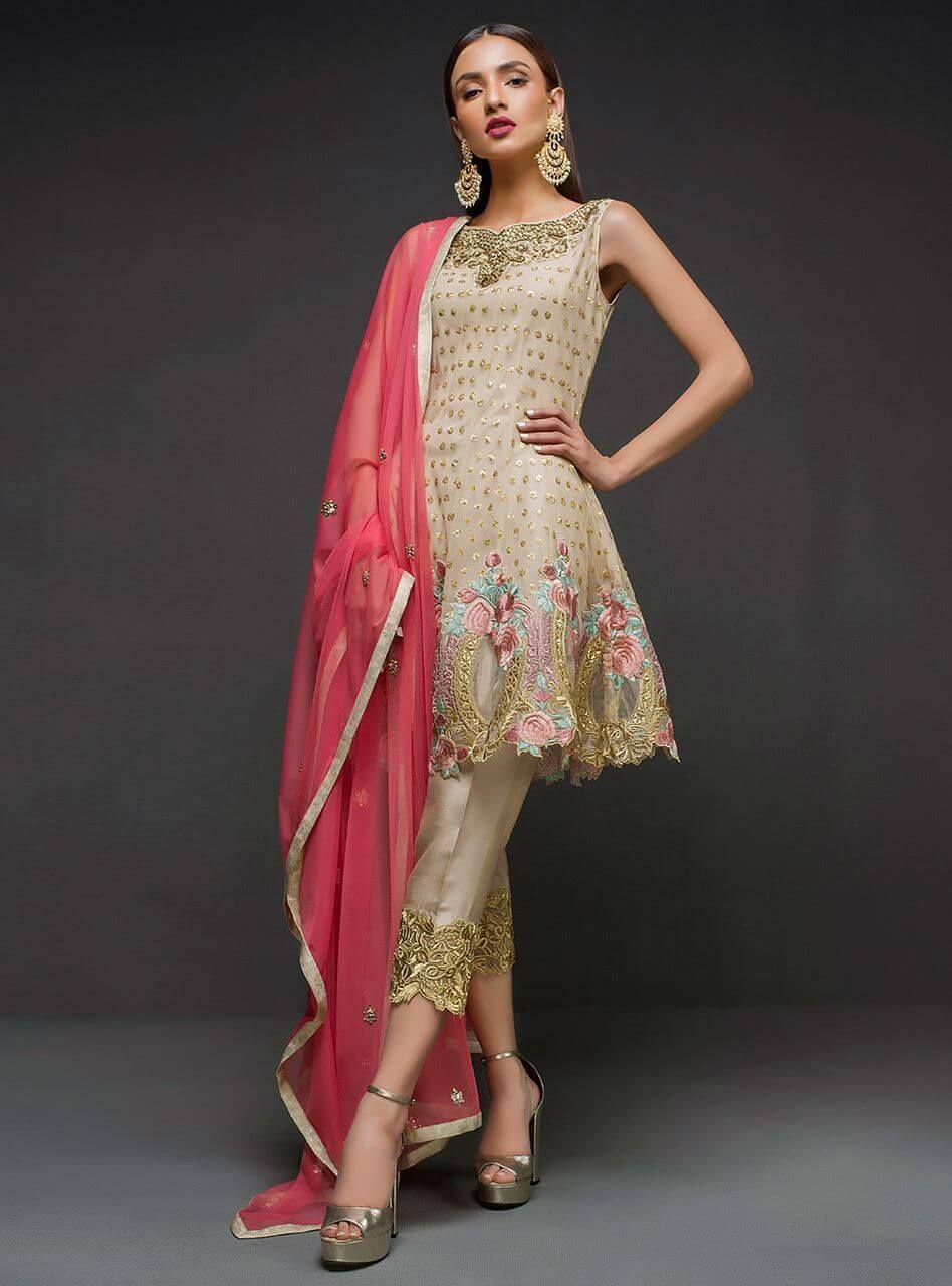 cc2cb64590 Zainab chottani 2019 wedding dresses collection - Online Shopping in  Pakistan