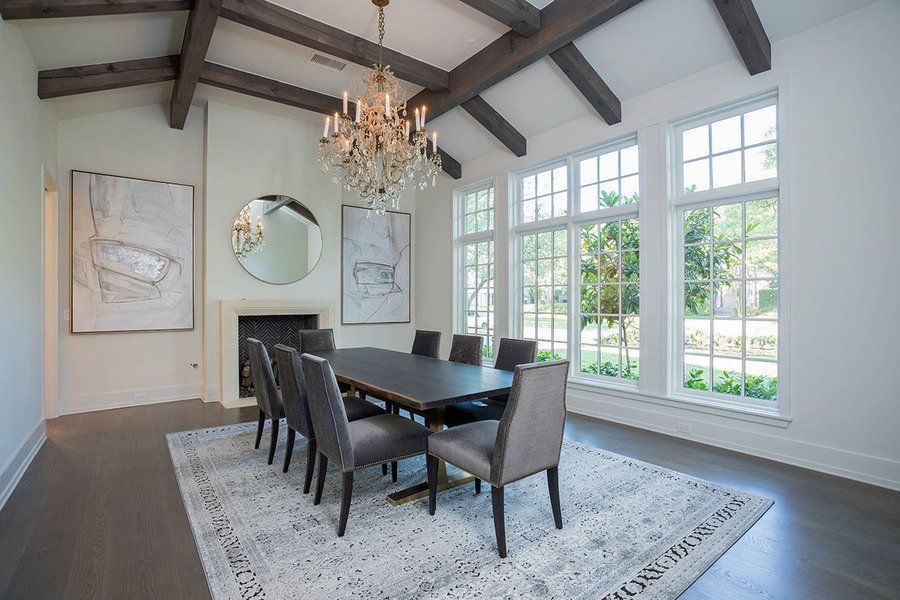 This Formal Dining Room With Its 14 Foot Tall Ceiling Benefits
