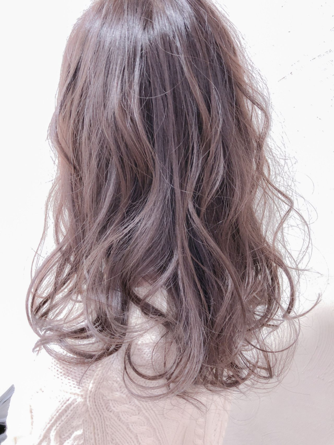 ブリーチなしのアディクシーカラー 髪色 ピンク 髪 色 明るめ ヘアカラー 春