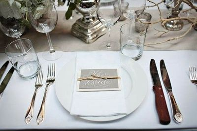 simple clean place setting | Wedding Place Settings | Pinterest ...