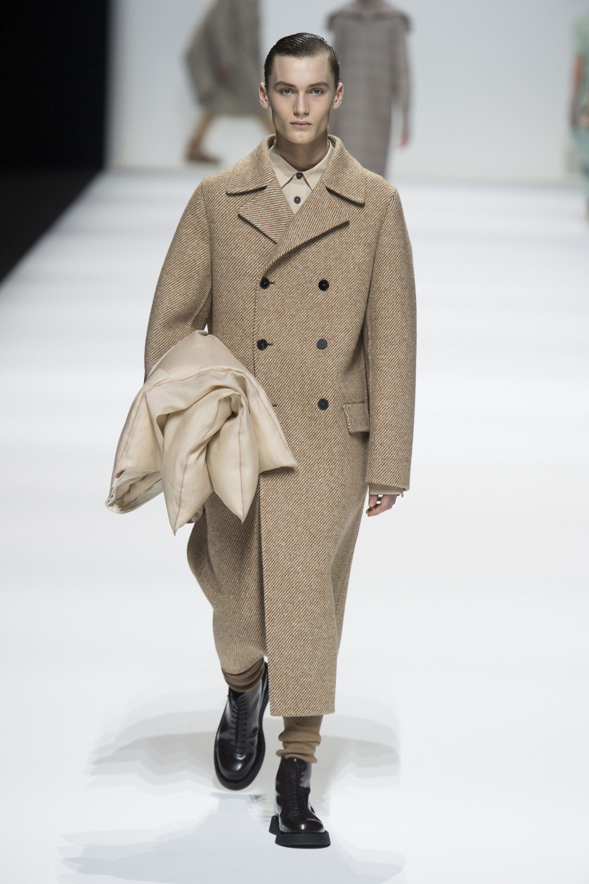 Jil Sander Fall 2018 Ready-to-Wear Fashion Show Collection | Ales ...