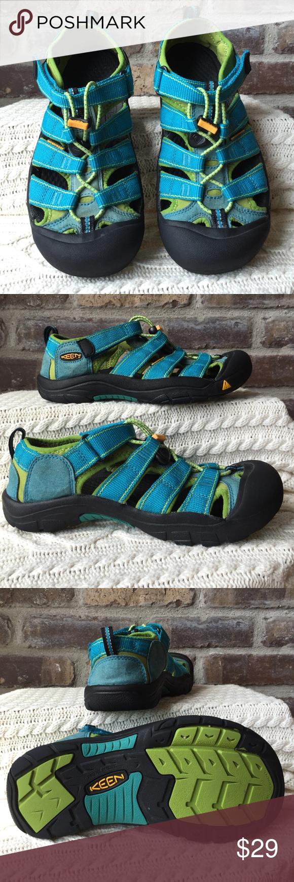 Keen sandals Kids size 4 Keen sandals. Good condition Keen Shoes Sandals & Flip Flops