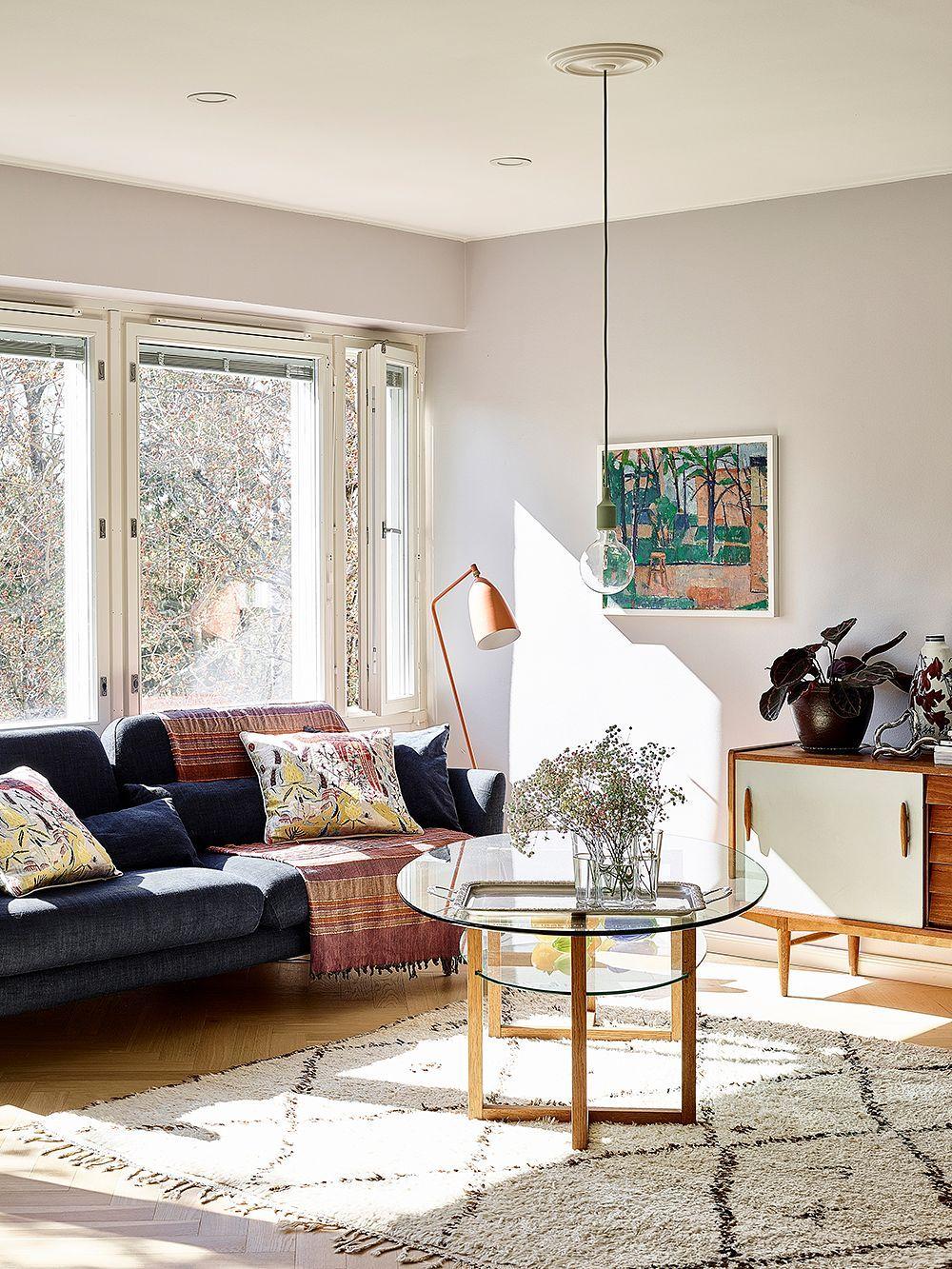 Juuri Omannakoiset 81 Neliota Design Stories In 2020 Floor Lamp Design Lamp Design Classic Floor Lamps