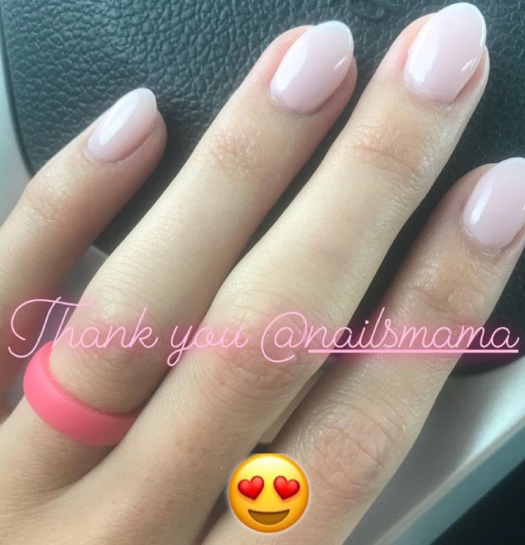 Short Oval Gelish Polygel Soft Pink Nails Soft Pink Nails Short Nail Designs Pink Acrylic Nails