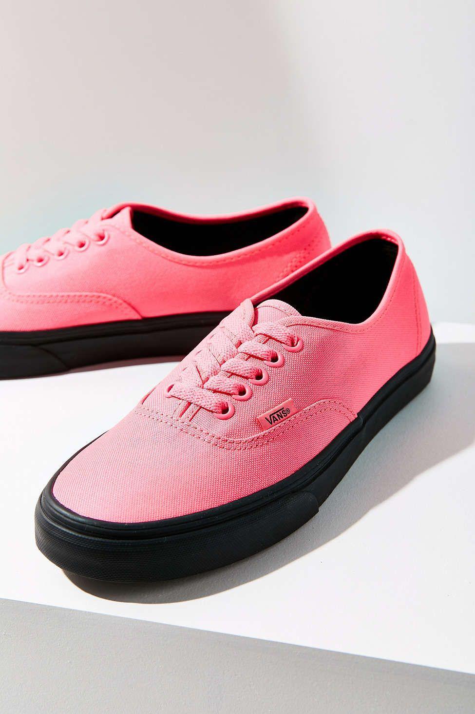 3f88c675d73732 Vans Black Sole Authentic Sneaker