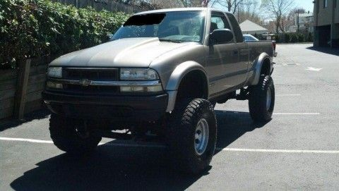 2003 Chevrolet Baja S10 Monster Truck Lifted Off On Road Machine