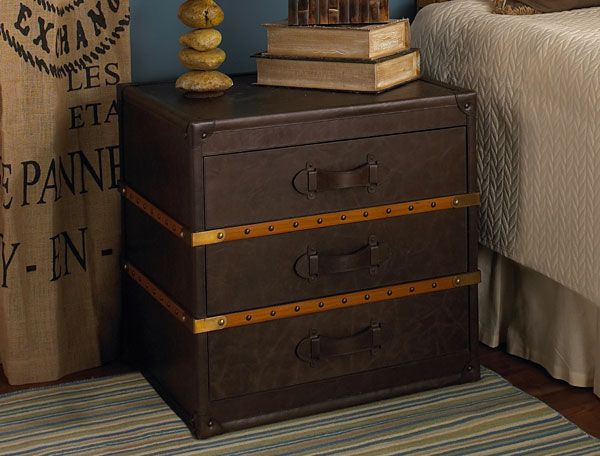 Wonderful Distressed Leather Steamer Trunk Side Table...not Sure I Like The Two