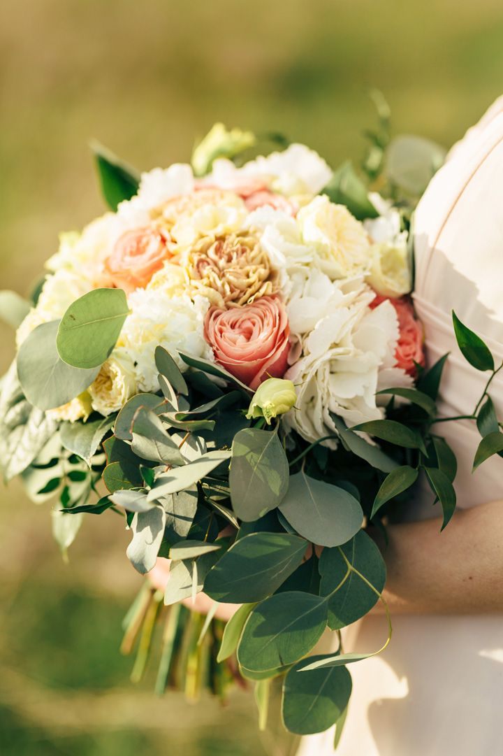 Blush wedding bouquet | fabmood.com #weddingbouquet #bouquets
