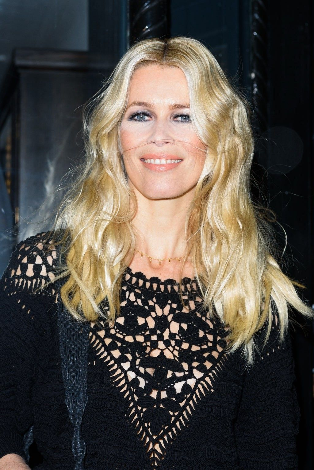 Claudia Schiffer Beauty Routines Blonde Celebrities Claudia Schiffer