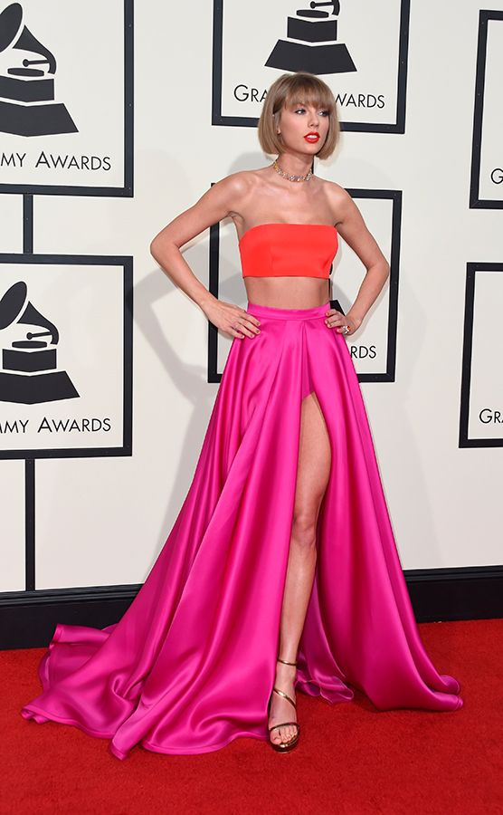 Taylor Swift | Vestidos | Pinterest | Rojo, Vestido largo y Mejores